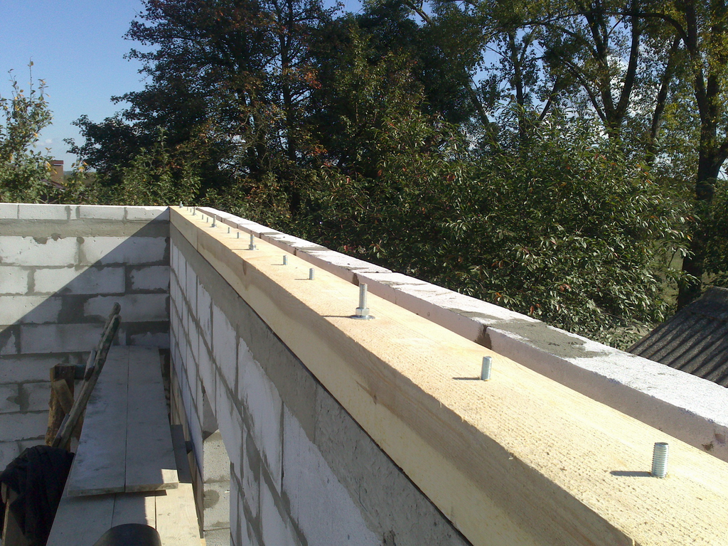 Mauerlat for the roof 25
